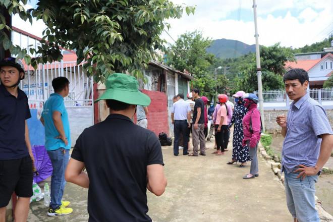 Thảm án ở Điện Biên: Bất ngờ 4 tờ giấy tìm thấy trên người nạn nhân - 1