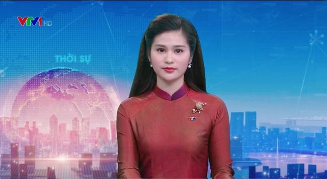 """2 BTV Thời sự VTV mặc kín đáo lên sóng, """"gây bão"""" khi lộ ảnh bikini hiếm hoi - 9"""
