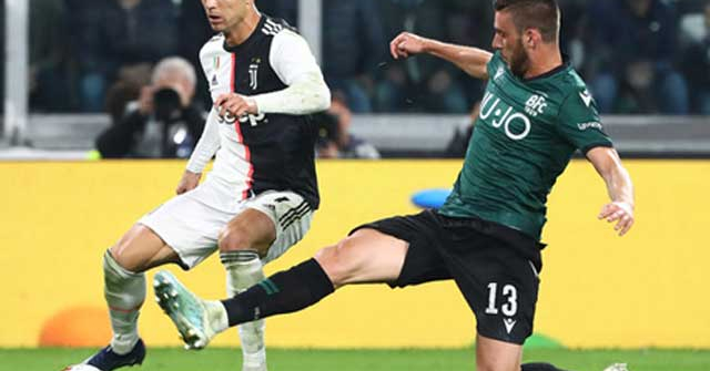 """Trực tiếp bóng đá Bologna - Juventus: Ronaldo, """"tiểu Messi"""" đá chính"""