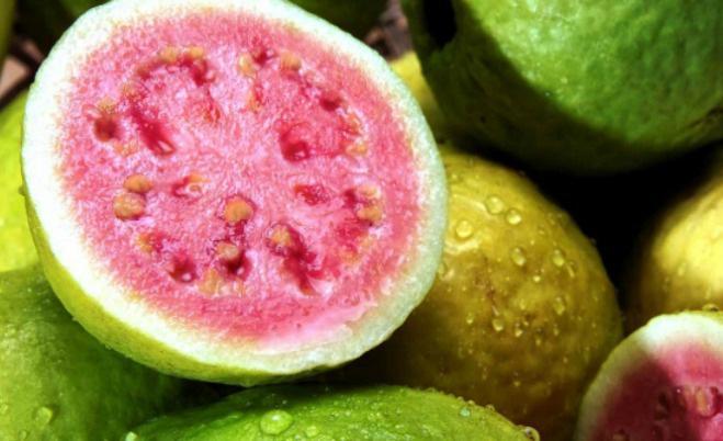 Rất nhiều người bỏ hạt đi khi ăn loại quả này vì sợ táo bón, đó là một sai lầm nghiêm trọng - 1