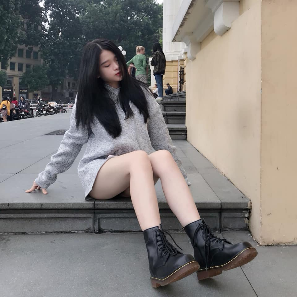 """Thiếu nữ Hà thành có 2 triệu người theo dõi chuộng mặc mốt """"quên quần"""" - 5"""