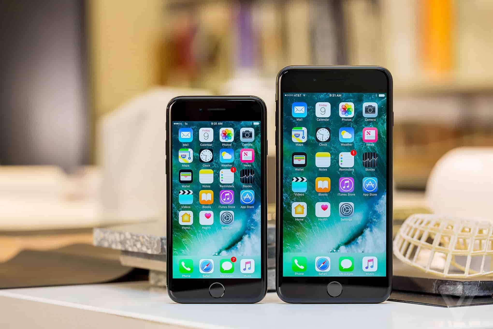"""Mẫu iPhone ba năm tuổi vẫn đáng mua hơn XR cho """"tín đồ"""" iPhone cũ - 1"""