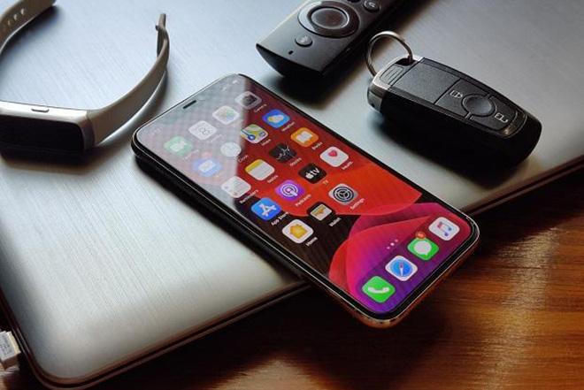 Xịn sò đến mấy, các siêu phẩm Android cũng dưới trướng chiếc iPhone này - 1