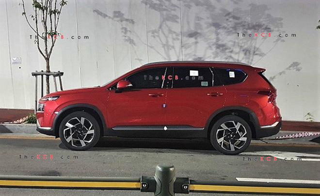 Hyundai SantaFe 2021 xuất hiện trên phố, đếm ngược giờ ra mắt toàn cầu - 2