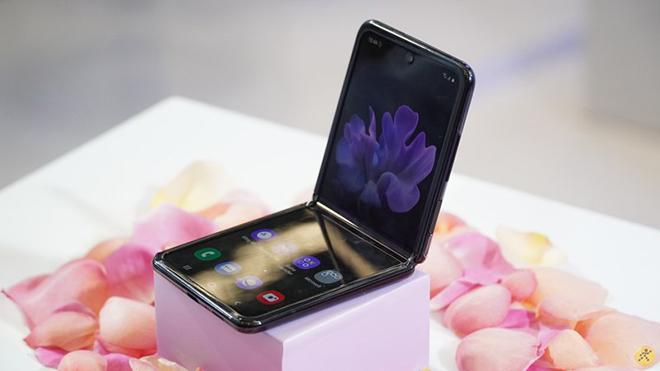 Xu hướng thiết kế smartphone năm nay là gì? - 6