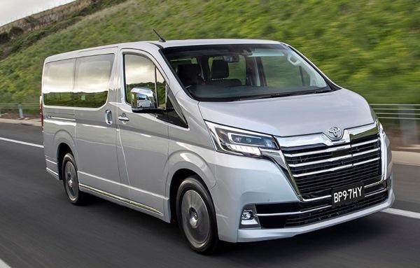 Giá xe Toyota 07/2020: Giá niêm yết, giá lăn bánh các phiên bản - 13