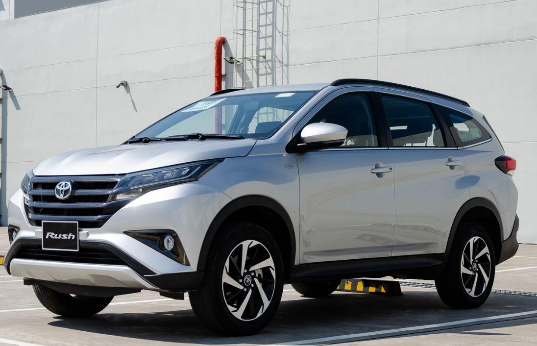 Giá xe Toyota 07/2020: Giá niêm yết, giá lăn bánh các phiên bản - 7