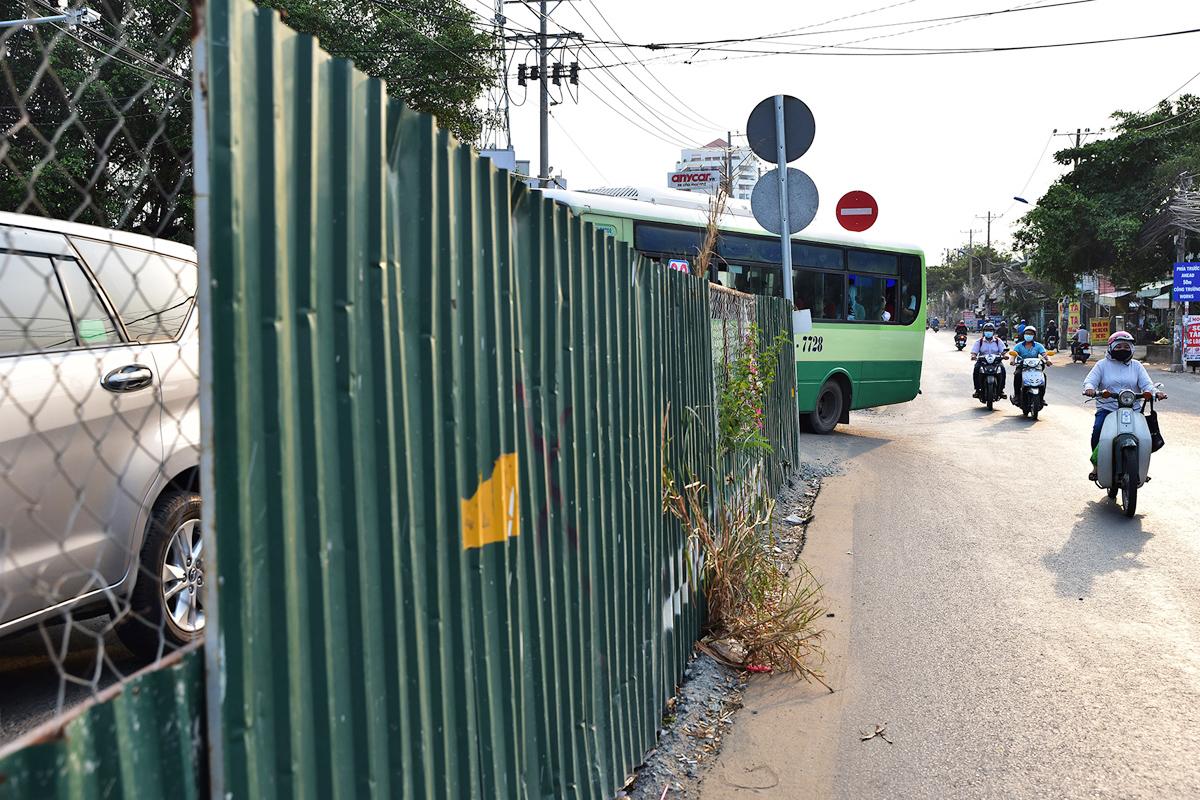 2,5 km đường ở TP Thủ Đức vẫn ngổn ngang sau gần 6 năm thi công - 12