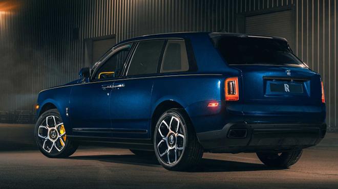 Rolls-Royce Cullinan ngầu hơn trong gói nâng cấp Black Badge - 3