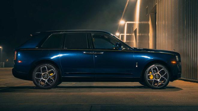 Rolls-Royce Cullinan ngầu hơn trong gói nâng cấp Black Badge - 5