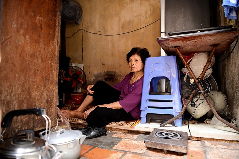 Căn nhà chỉ có thể quỳ, ngồi, nằm… chứ không thể đứng ở trung tâm Hà Nội - hình ảnh 17