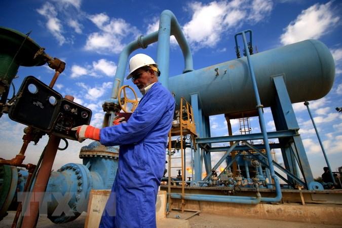 Giá dầu hôm nay 5/4: Sản lượng tăng, giá dầu lao dốc - 1