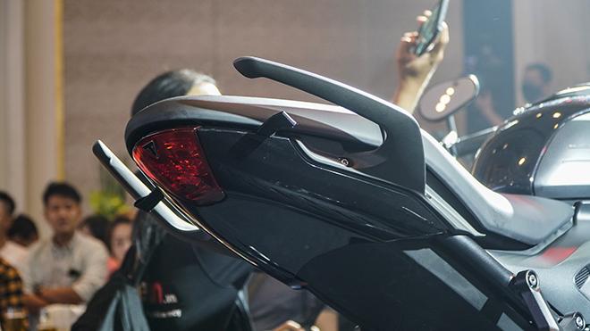 Triumph Trident ra mắt thị trường Việt, giá bán 270 triệu đồng - 9