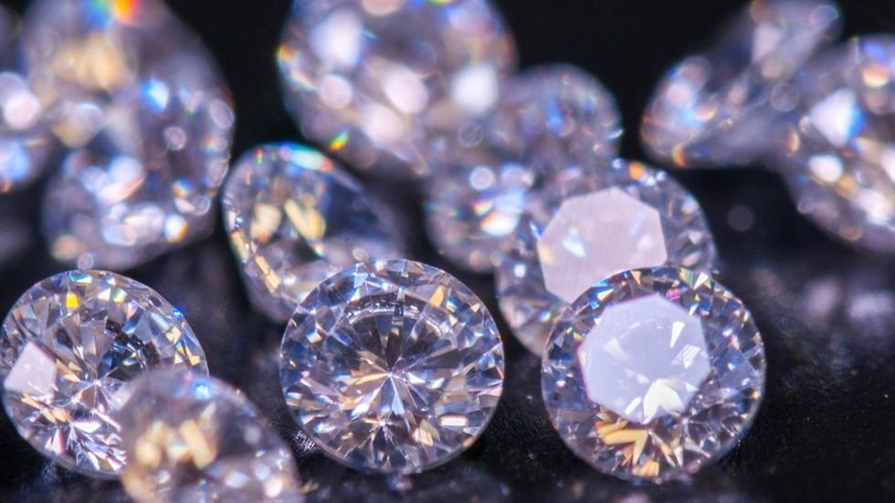 Bí quyết chọn trang sức đá sinh năng lượng may mắn cho 12 cung hoàng đạo - hình ảnh 5
