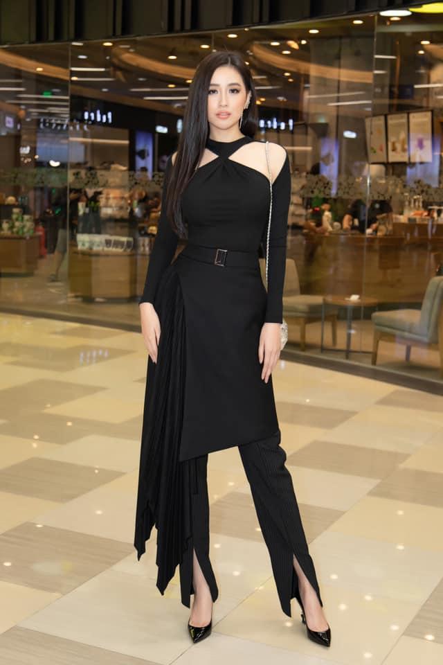Mai Phương Thuý rút kinh nghiệm chọn trang phục lên sóng truyền hình - hình ảnh 6