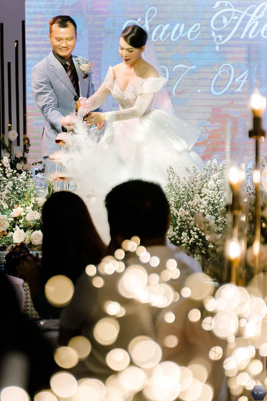 """Sao Việt dự đám cưới của """"hoa hậu Bolero"""" được chồng tặng 15 sổ tiết kiệm - hình ảnh 7"""