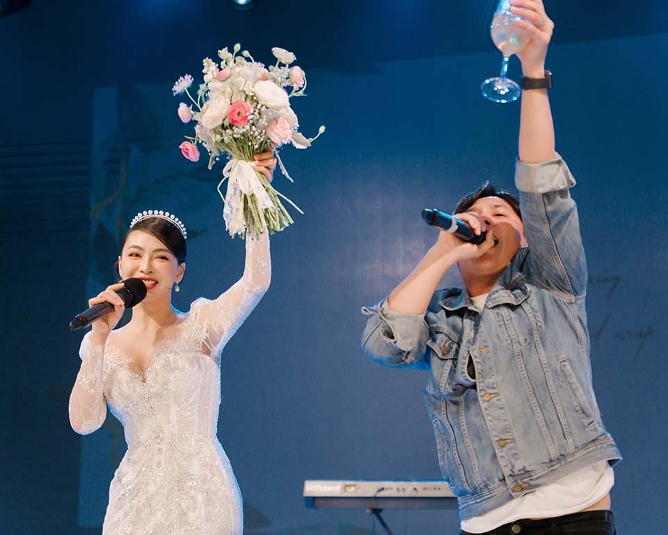 """Sao Việt dự đám cưới của """"hoa hậu Bolero"""" được chồng tặng 15 sổ tiết kiệm - hình ảnh 9"""