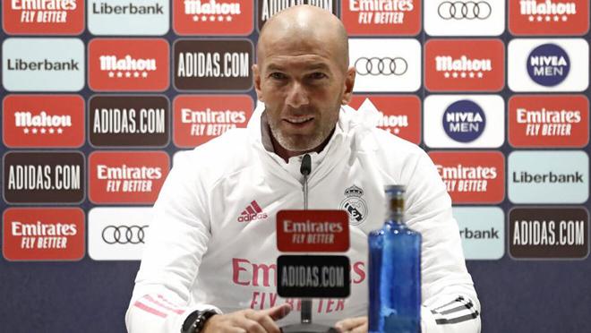 Cực nóng Siêu kinh điển trước giờ G: Zidane muốn Messi và Ramos ở lại La Liga - 1