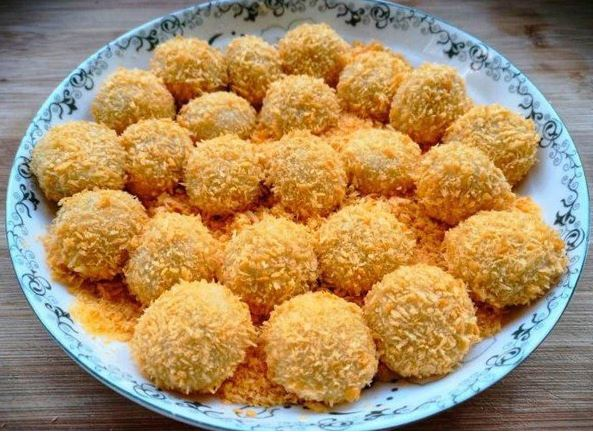 Biến tấu bánh trôi chiên, bánh trôi nhân dừa tươi cho Tết Hàn thực - 1