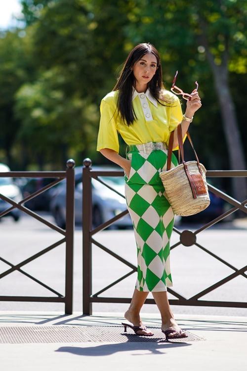 1001 ý tưởng trang phục mùa hè cho quý cô công sở - 3
