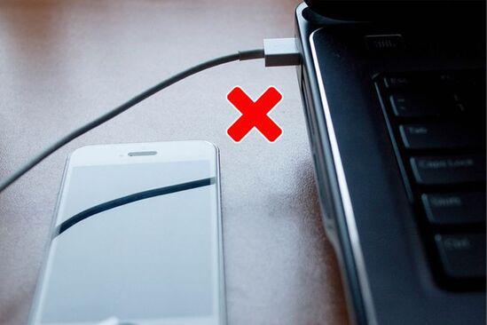 7 sai lầm nghiêm trọng mà ai cũng mắc phải khi sạc điện thoại - 6