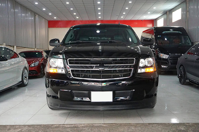 SUV cỡ lớn Chevrolet Tahoe sử dụng hơn 8 năm rao bán giá khủng - 4