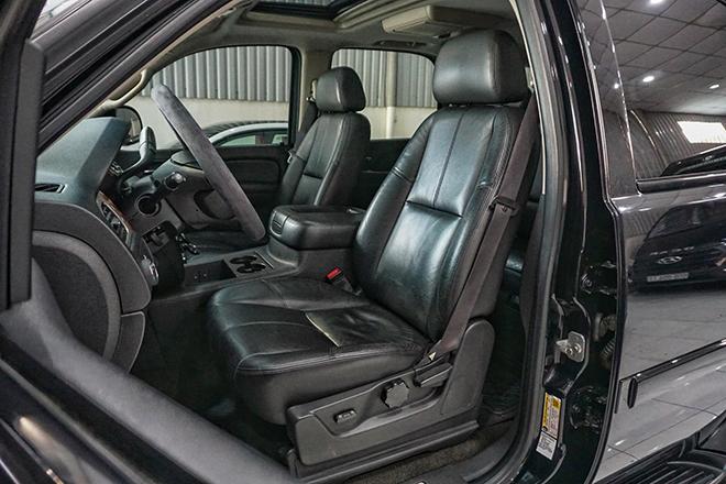 SUV cỡ lớn Chevrolet Tahoe sử dụng hơn 8 năm rao bán giá khủng - 5