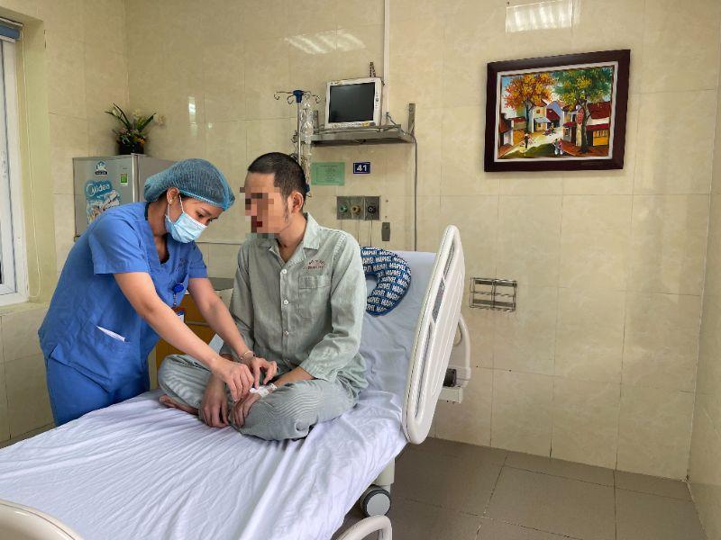 Thần kỳ: Nam thanh niên 26 tuổi ở Hà Nội chết đi sống lại - 1