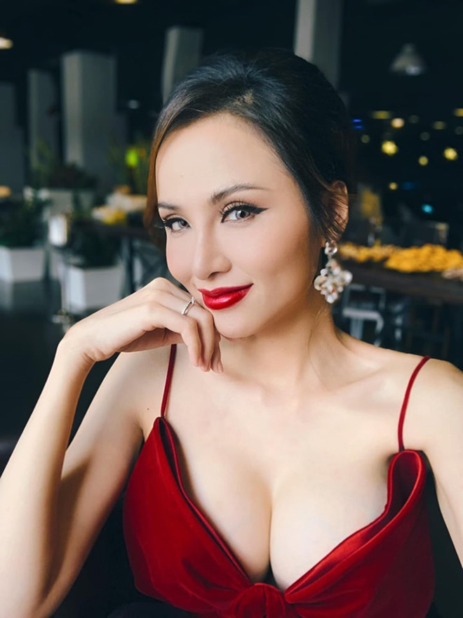 """Hoa hậu được trả 40.000USD để uống cà phê tiết lộ cát-xê """"khủng"""" của một rapper - 1"""