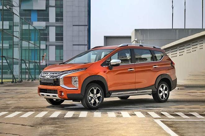Giá xe Mitsubishi Xpander Cross lăn bánh tháng 4/2021