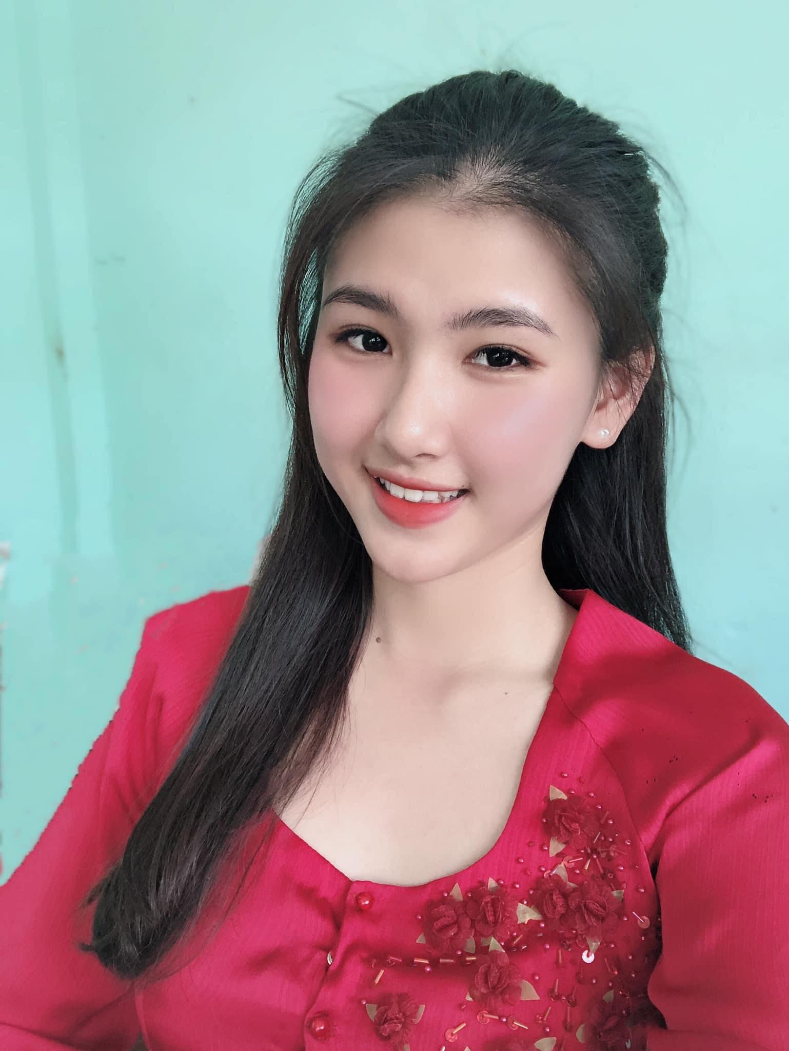 Nữ sinh miền gái đẹp Cần Thơ gây chú ý vì quá xinh tại Hoa hậu Thế giới Việt Nam