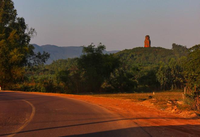 Mê hoặc tháp Chăm Bình Định - 1