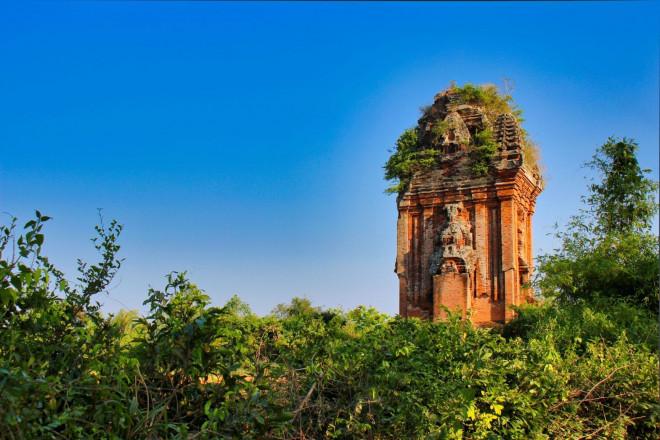 Mê hoặc tháp Chăm Bình Định - 5