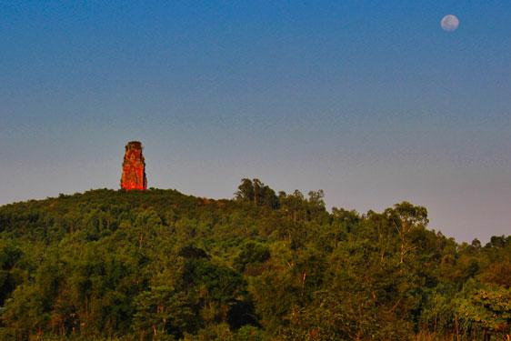 Mê hoặc tháp Chăm Bình Định - 3