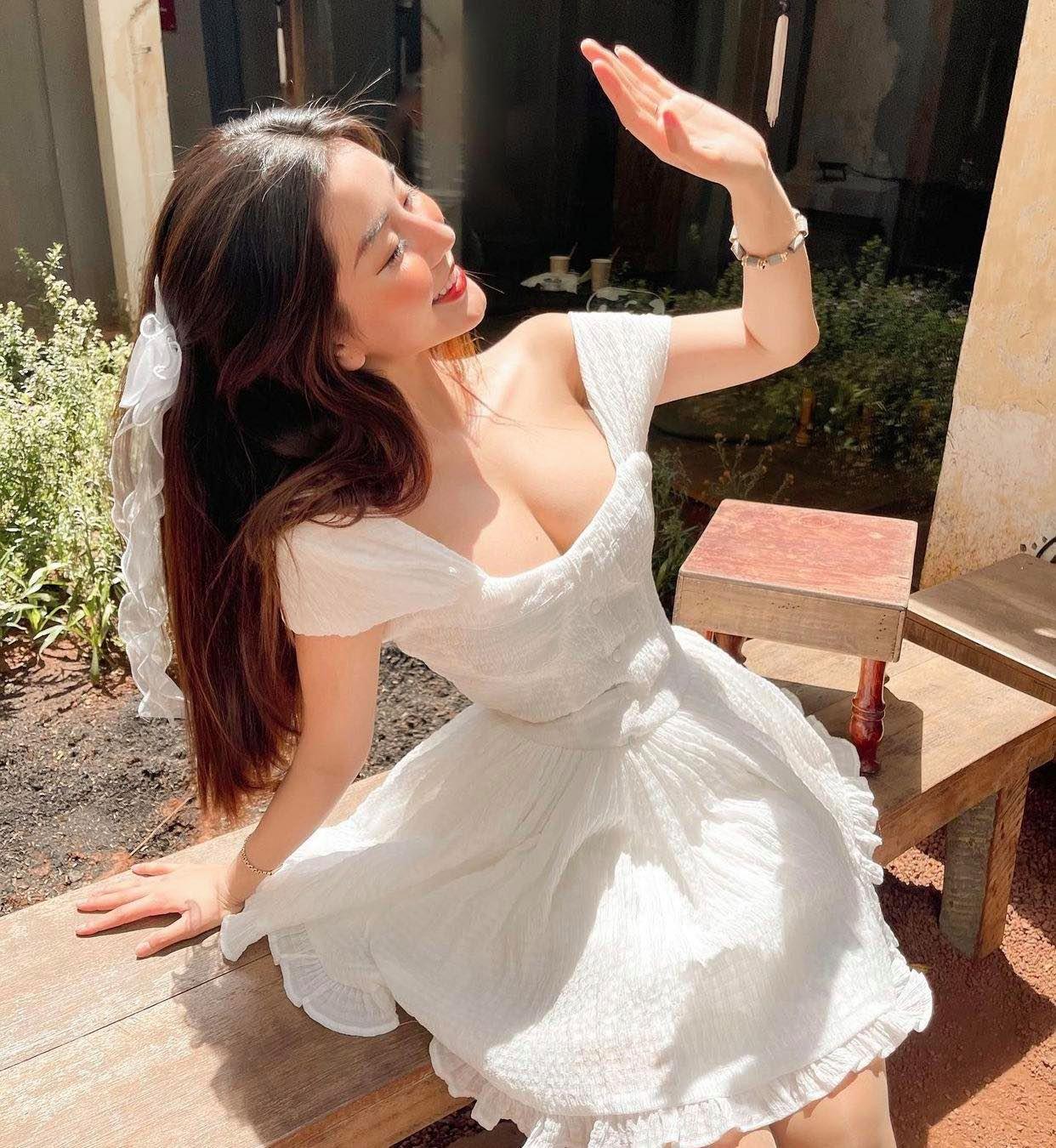 """Nữ sinh hot số 1 Sài thành chỉ cách tăng 5 – 10cm ngực, khẳng định """"không nói điêu"""" - hình ảnh 2"""