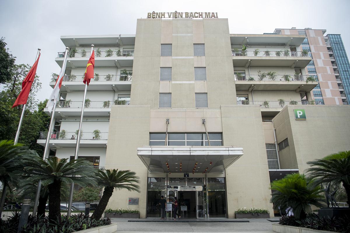 """Bệnh viện Bạch Mai """"thay da đổi thịt"""" thế nào sau hơn 1 năm có Giám đốc mới? - hình ảnh 1"""