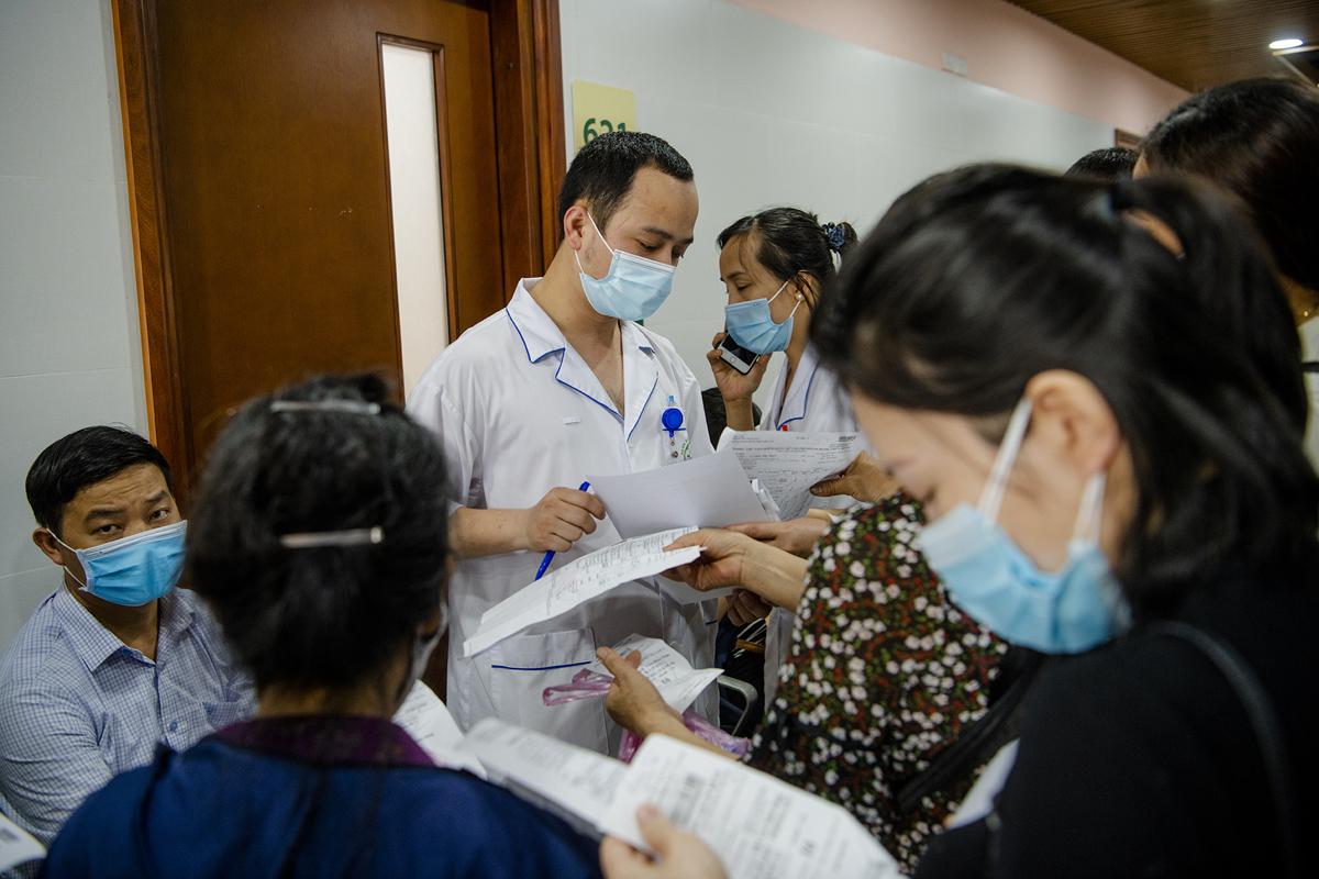 """Bệnh viện Bạch Mai """"thay da đổi thịt"""" thế nào sau hơn 1 năm có Giám đốc mới? - hình ảnh 16"""