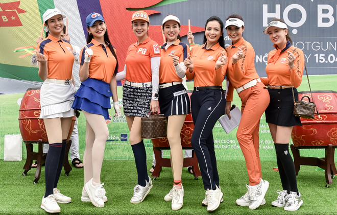 """Hoa hậu Jennifer Phạm cùng dàn chân dài mê chơi golf """"không hẹn mà gặp"""" - hình ảnh 2"""