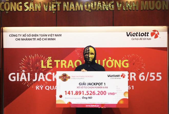 """TP.HCM: Tự chọn số Vietlott, một người """"ẵm"""" gần 142 tỉ - hình ảnh 1"""