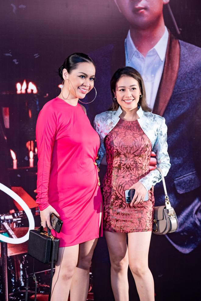 """MC Anh Tuấn dẫn vợ """"hoa hậu"""" tới ủng hộ nhóm nhạc rock Ngũ Cung - hình ảnh 7"""