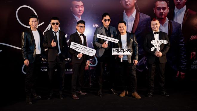 """MC Anh Tuấn dẫn vợ """"hoa hậu"""" tới ủng hộ nhóm nhạc rock Ngũ Cung - hình ảnh 5"""