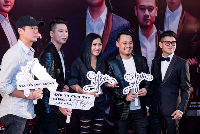 """MC Anh Tuấn dẫn vợ """"hoa hậu"""" tới ủng hộ nhóm nhạc rock Ngũ Cung - hình ảnh 4"""
