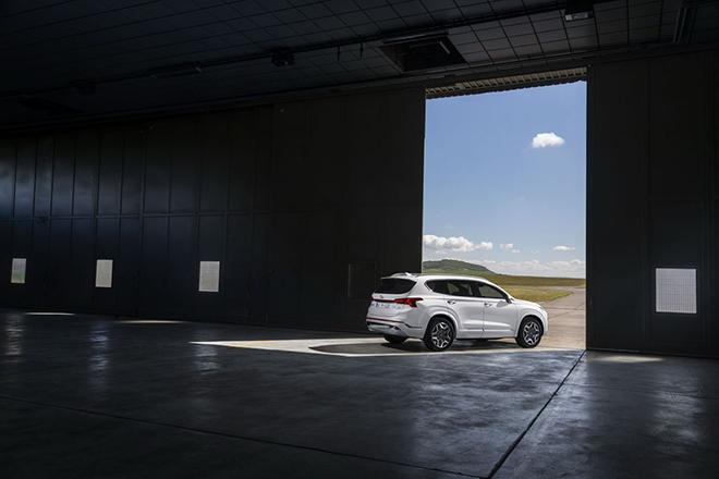 Đánh giá nhanh Hyundai SantaFe thế hệ mới, chiếc SUV dễ tiếp cậnkhách hàng Việt - 7
