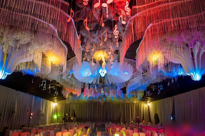 Đám cưới Phan Mạnh Quỳnh ở quê Nghệ An: Cô dâu đeo vàng trĩu cổ, mời 700 khách - 2