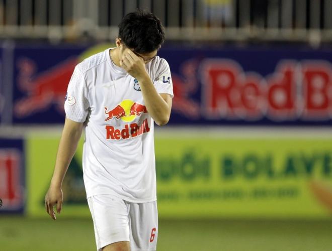HLV Kiatisak giải thích tại sao Xuân Trường khóc khi ghi siêu phẩm hạ Hà Nội FC - 1