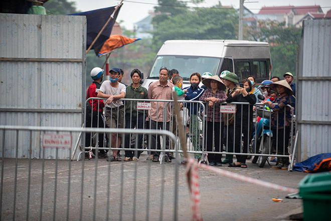 """Hình ảnh """"hố tử thần"""" rộng hơn 100m2 ở Hà Nội được xử lý theo cách đặc biệt - hình ảnh 8"""