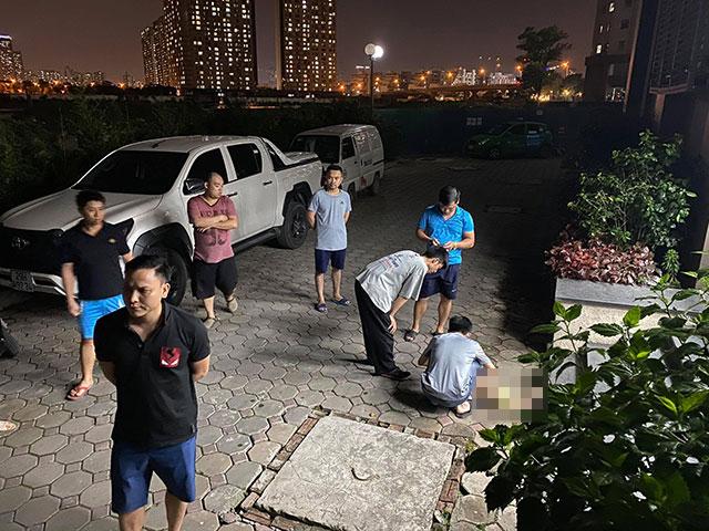 Hà Nội: Rơi từ tầng 24 chung cư, cháu bé 3 tuổi tử vong thương tâm - hình ảnh 1