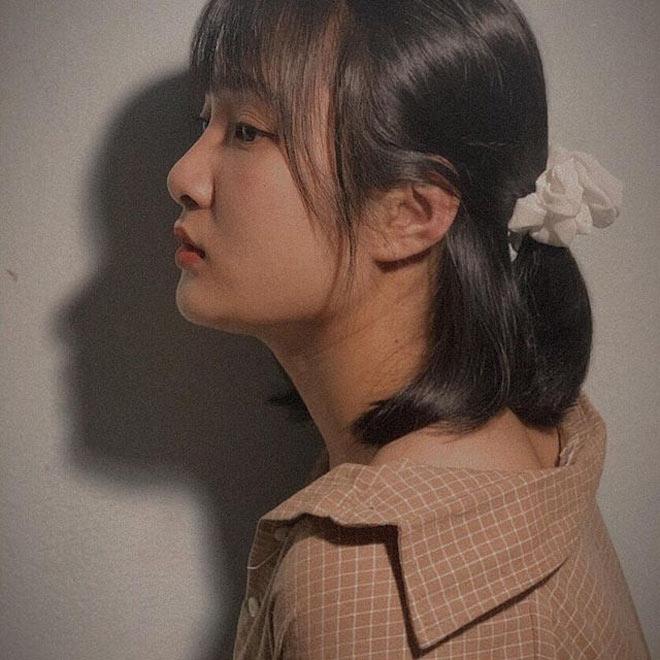 Bị học sinh chụp lén, cô giáo Thanh Hoá nổi tiếng bất thình lình vì quá xinh - 7