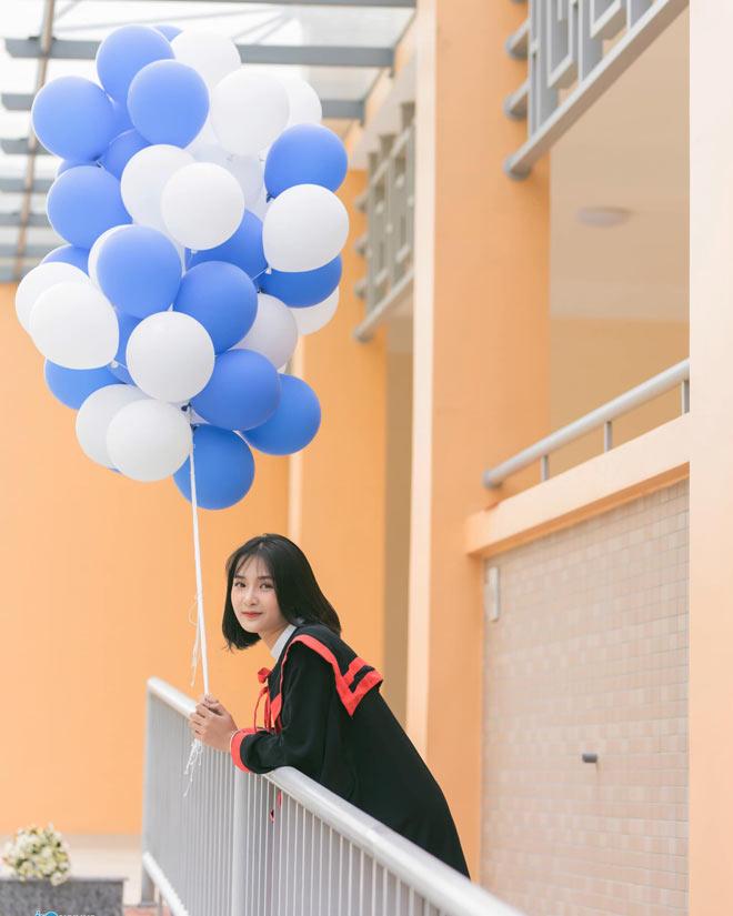Bị học sinh chụp lén, cô giáo Thanh Hoá nổi tiếng bất thình lình vì quá xinh - 9