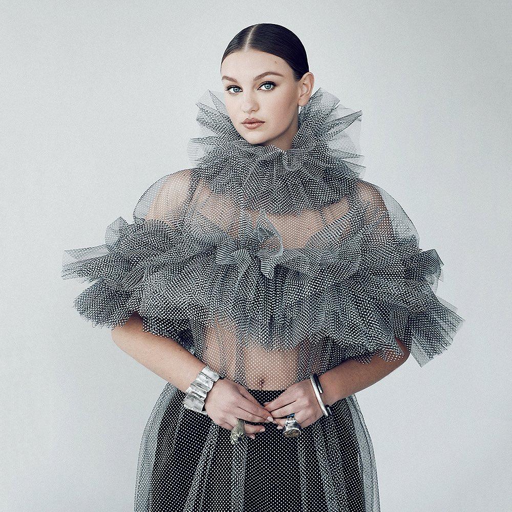 """""""Nữ thần mũm mĩm"""" gây sốt khi lên tạp chí thời trang Việt, vẻ tròn trịa, khoẻ mạnh hút hồn - hình ảnh 6"""